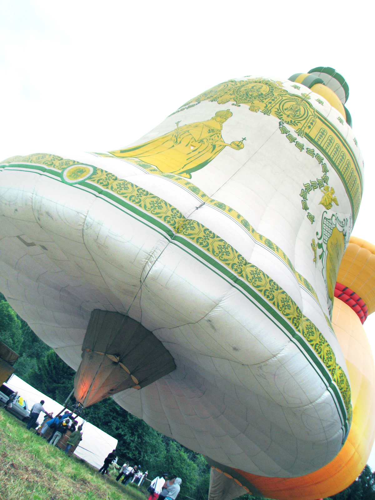 """""""Царь-колокол"""" - один из символов праздника."""