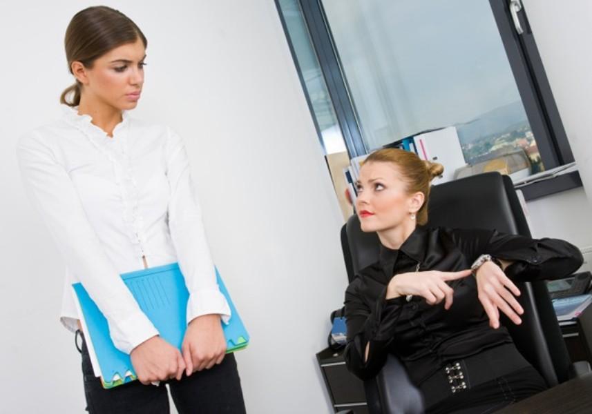 опоздания на работу: наказать нельзя простить