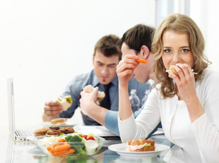 организация питания для сотрудников: мелочь, а приятно?