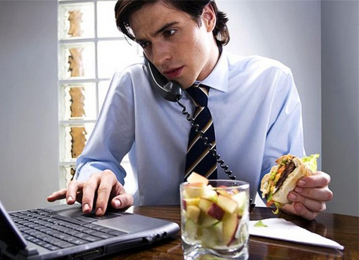 работа и вредные привычки сотрудников: мирное сосуществование или развод и девичья фамилия?