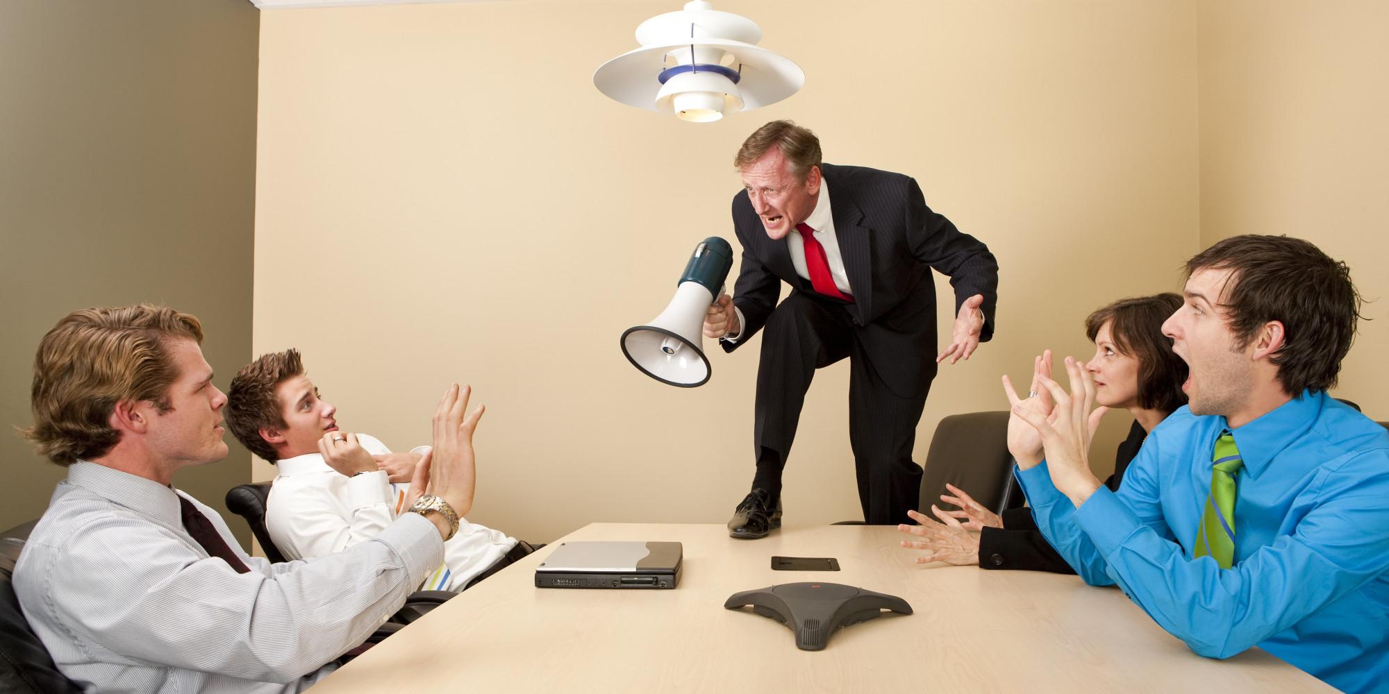 абьюз на работе: где права сила, там бессильно право?